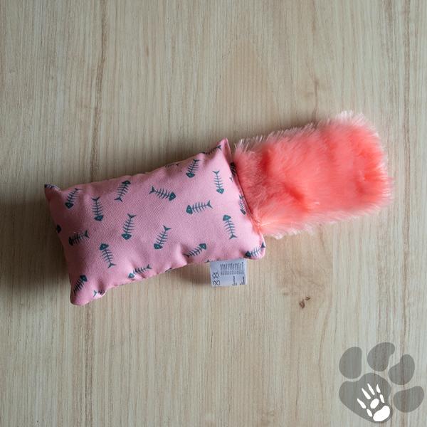 kattenspeeltje roze